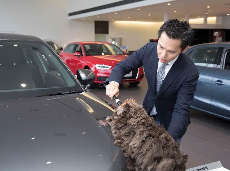 1-店内・展示車の清掃